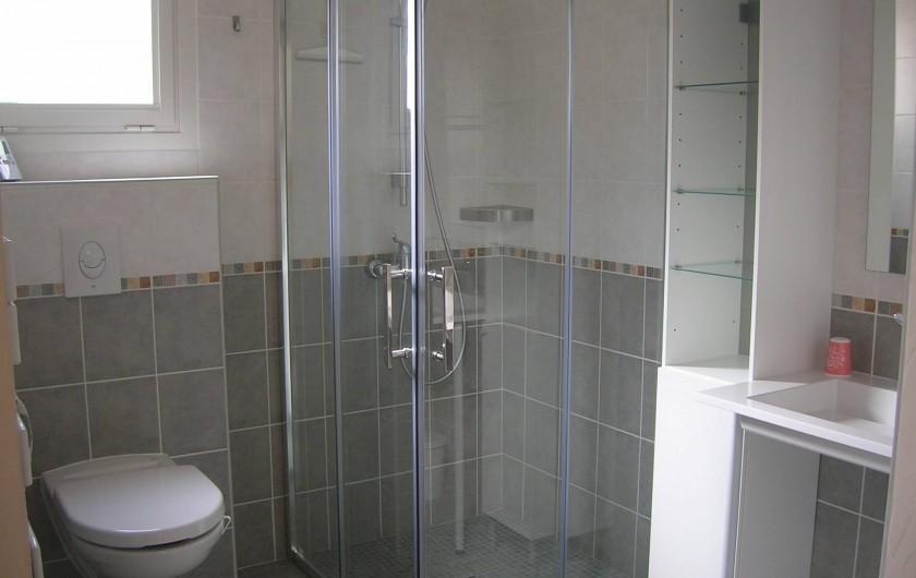 Location de vacances - Gîte à Saint-Cyprien - salle d'eau Gîte 1