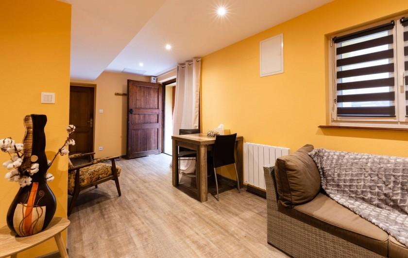 Location de vacances - Chambre d'hôtes à Bernardswiller - Chambre le caveau