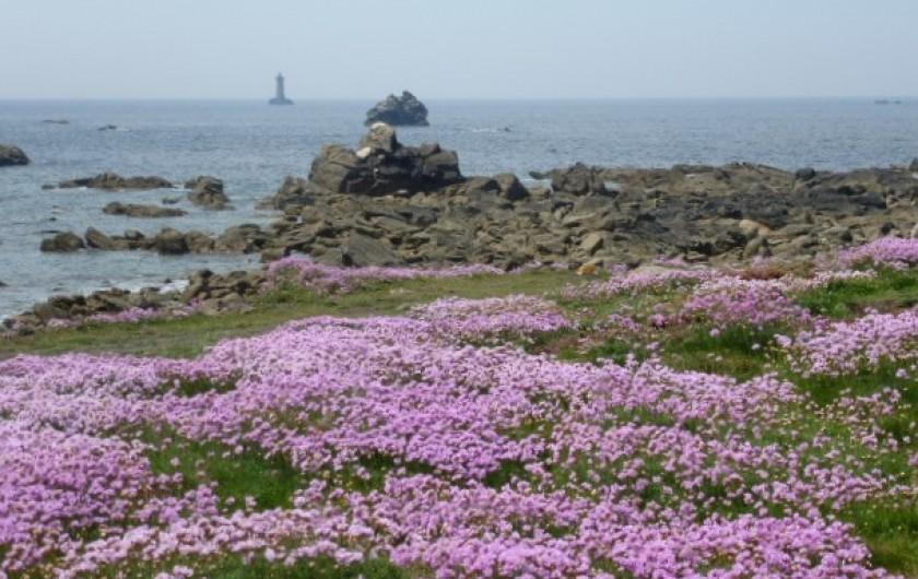 Location de vacances - Gîte à Brélès - Le Phare du Four à l'horizon  à Porspoder.