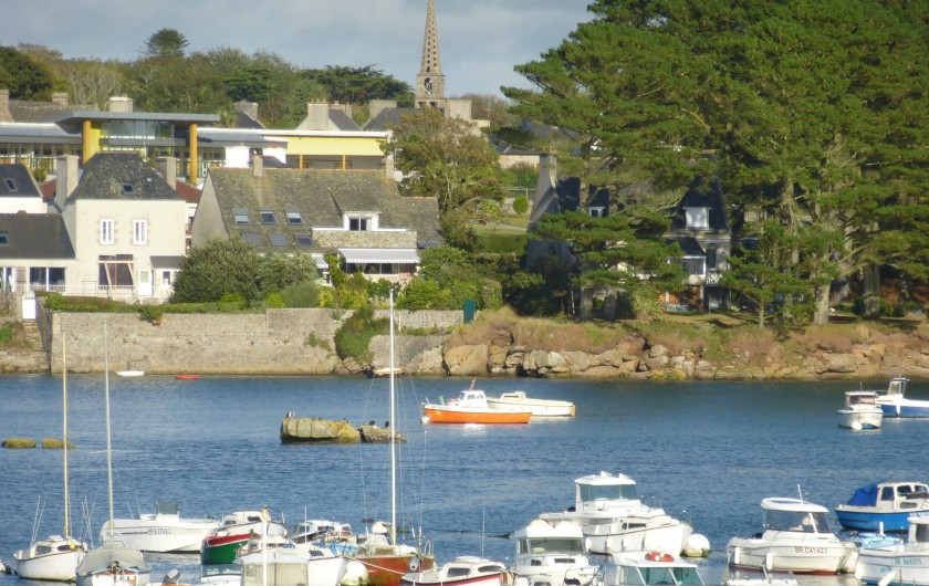 Location de vacances - Gîte à Brélès - Petite vue du port de Lanildut.