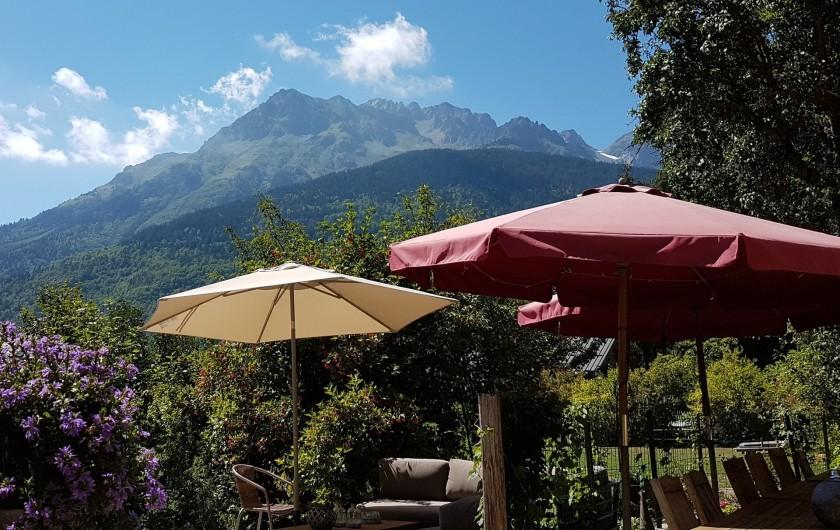 Location de vacances - Chalet à Vaujany - The garden