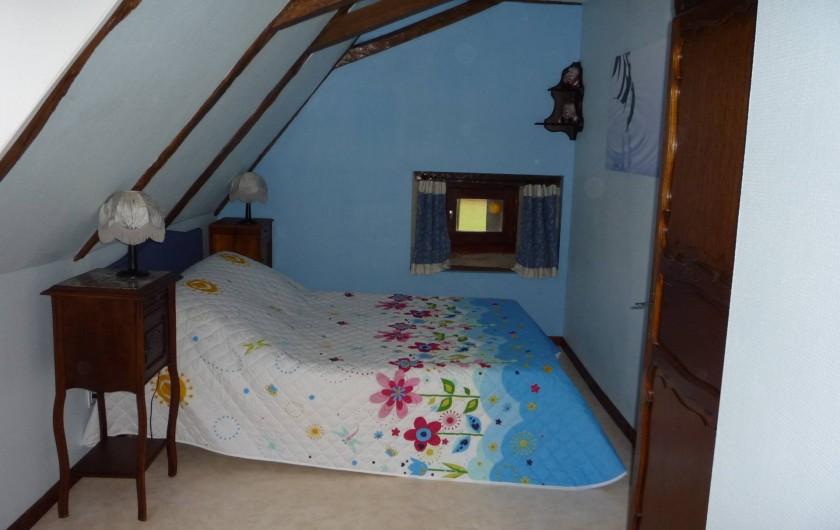 Location de vacances - Chambre d'hôtes à Saint-Martin-Cantalès - Chambre Enchanet (EAU)