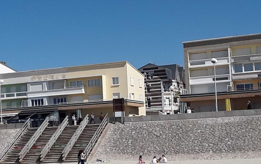 Location de vacances - Appartement à Berck - aspirateur, table et fer à repasser, matériel bébé.