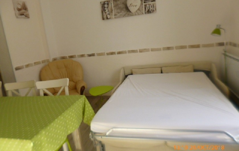 Location de vacances - Appartement à Berck - retour cuisine équipé lave vaisselle, micro-onde,  cafetière grille pain...