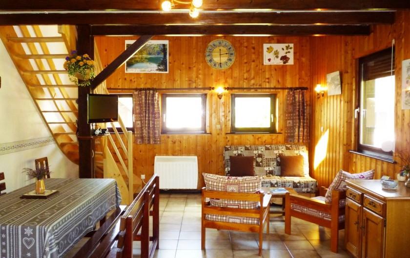 Location de vacances - Gîte à La Bresse - Ensemble salle à manger et    salon