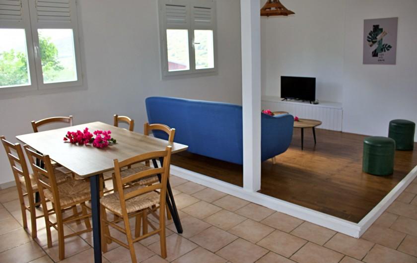 Location de vacances - Villa à Le Vauclin - Pièce principale F4 gauche