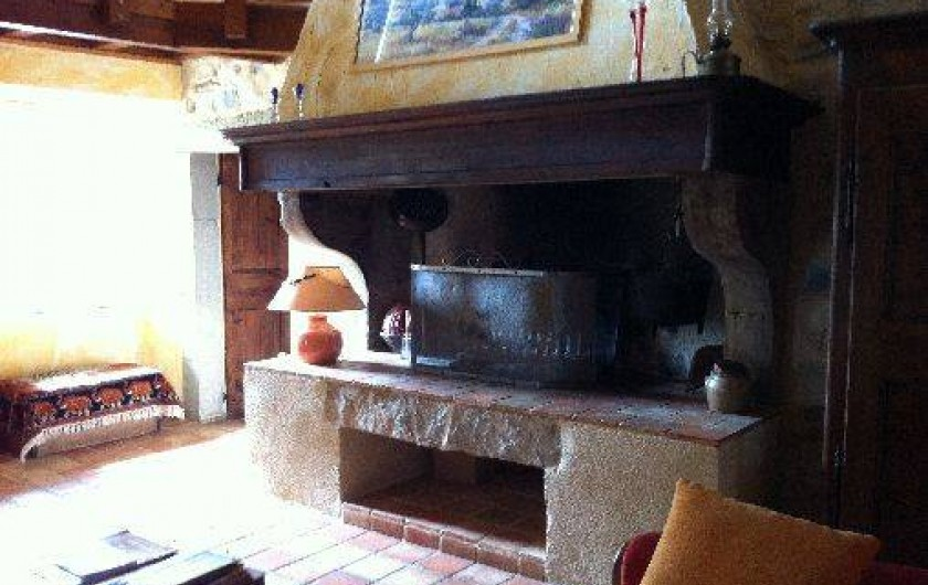 Location de vacances - Gîte à Francillon-sur-Roubion - Notre cheminée du gîte 4 saisons