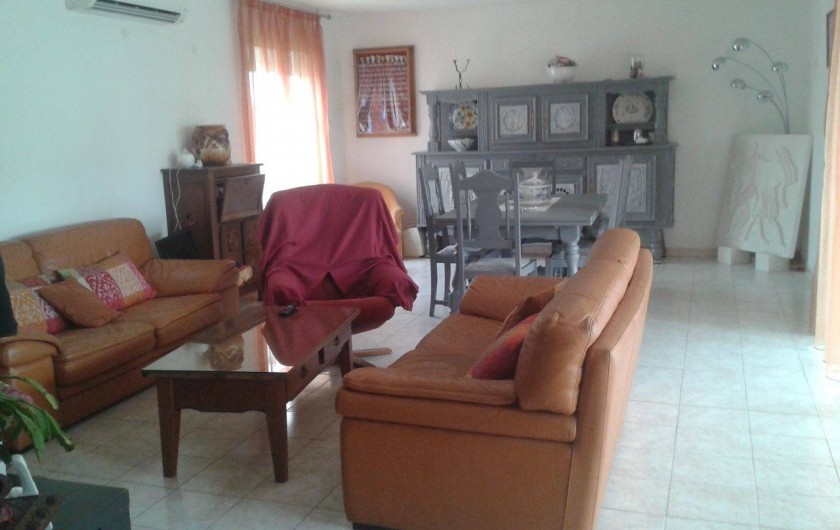 Location de vacances - Villa à Bernis - Séjour et salle à manger