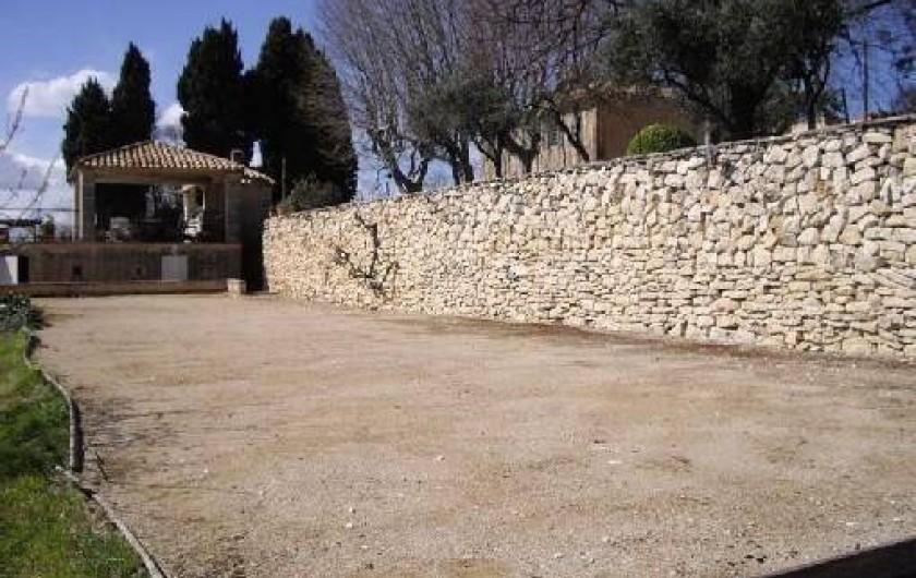 Location de vacances - Villa à Aix-en-Provence - Boulodrome, éclairé de 30X6