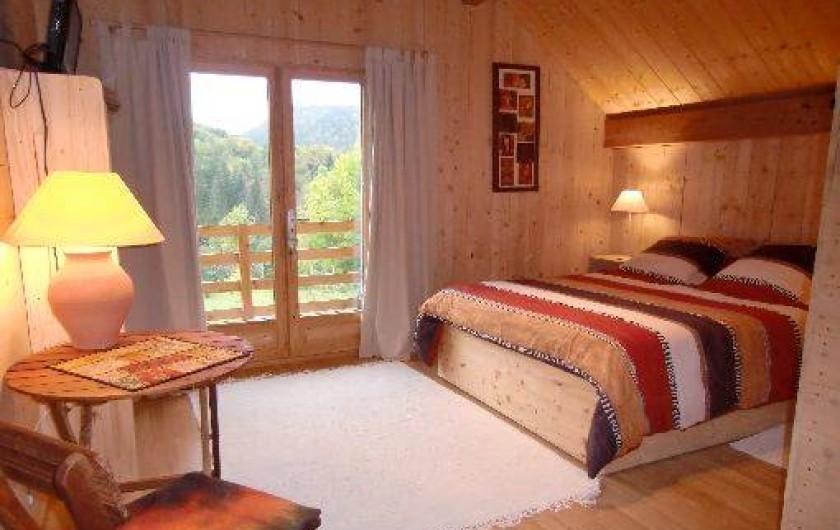 Chambres d 39 h tes dans un superbe chalet la fontaine du for Chambre hote alpes