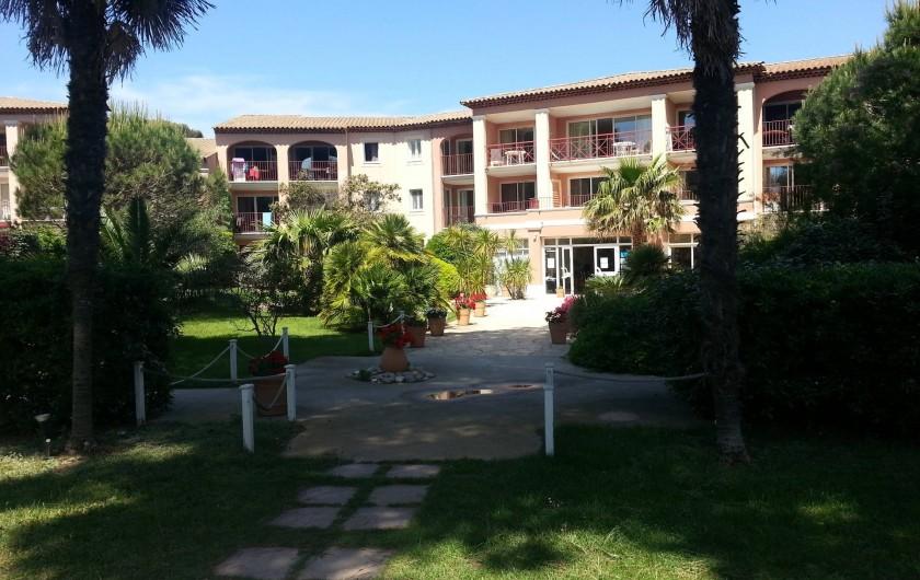 Location de vacances - Appartement à Hyères - Parc