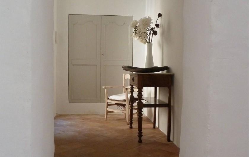Location de vacances - Appartement à Lagrasse - Le hall d'entrée