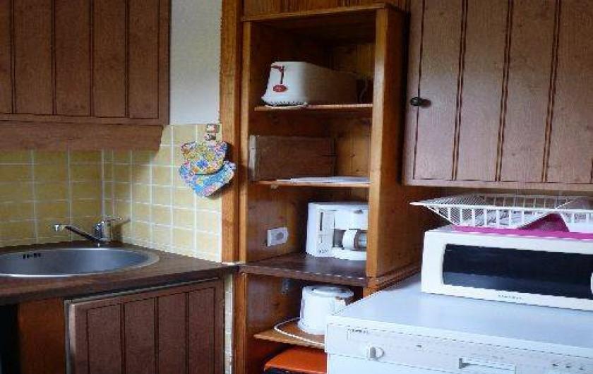 Location de vacances - Appartement à Les Menuires - Cuisine  : vue lave-vaisselle