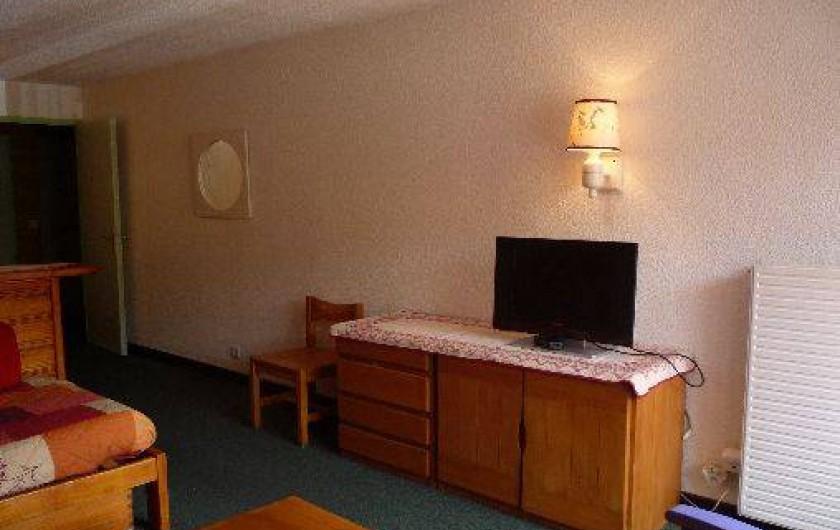 Location de vacances - Appartement à Les Menuires - Pièce de vie