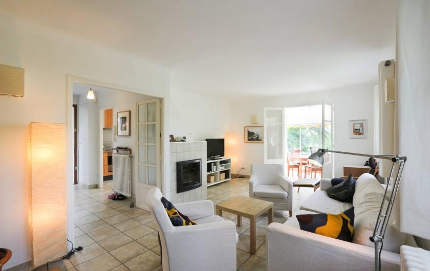 Location de vacances - Villa à Forcalquier - La salle de séjour