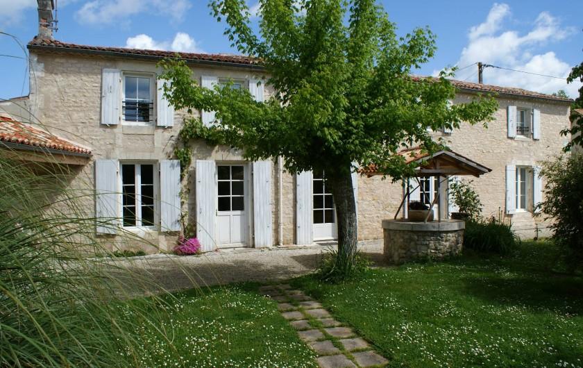 Location de vacances - Gîte à Surgères - Grande maison charentaise traditionnelle exposée plein sud