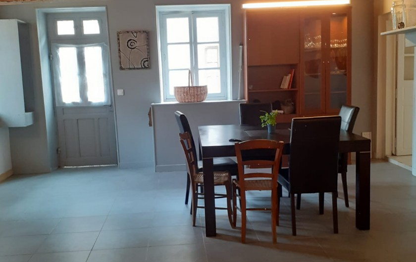 Location de vacances - Appartement à Roussillon-en-Morvan - Salle à manger