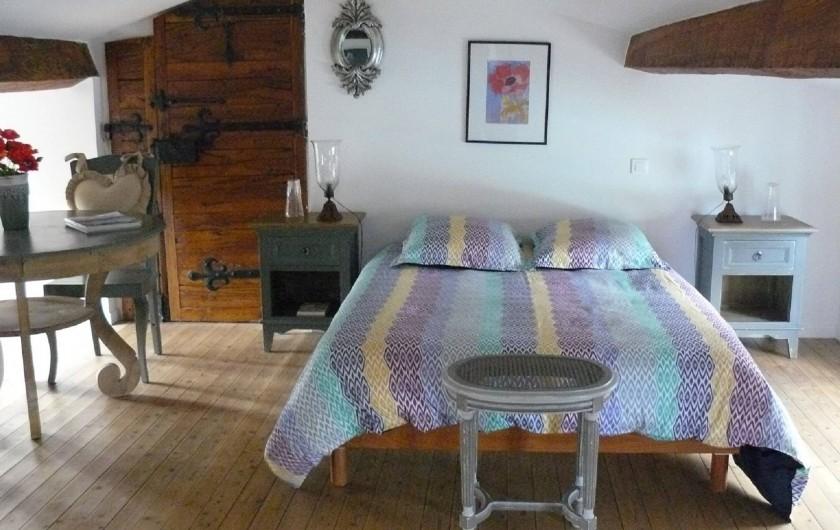 """Location de vacances - Villa à Arsac - La Chambre """"Bleu"""" pour un couple"""