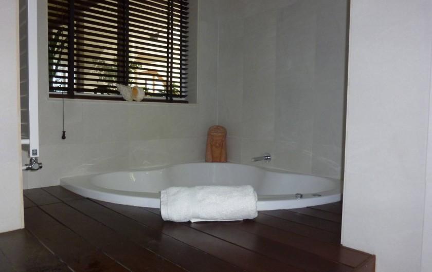 Location de vacances - Villa à Altea - salle de bain nº 1 en suite avec bain avec remous