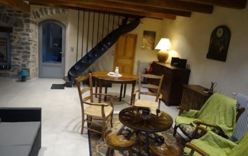 Location de vacances - Gîte à Fontaneilles - Pièce 1 coin salon