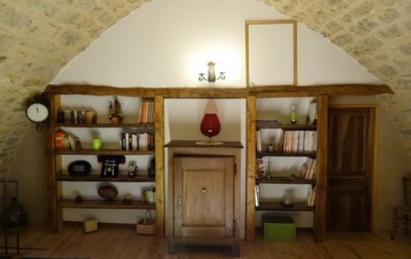 Location de vacances - Gîte à Fontaneilles - Pièce de vie 2 à l'étage : bibliothèque