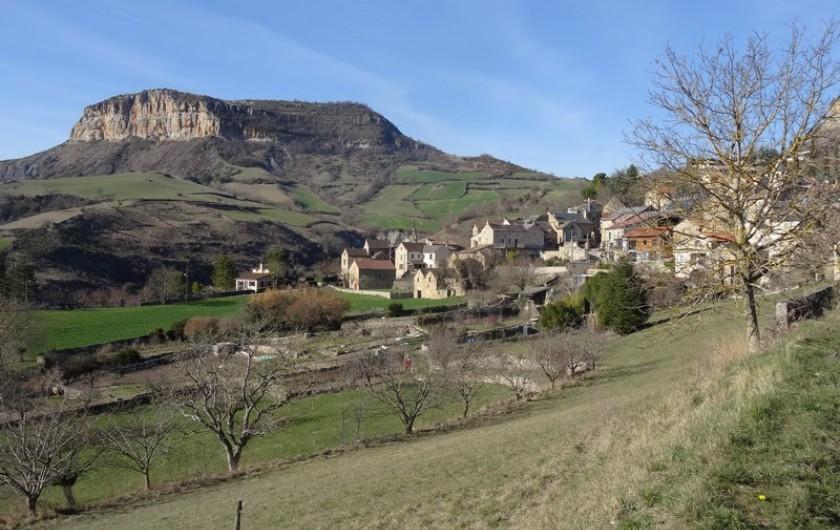 Location de vacances - Gîte à Fontaneilles - Vue sur le village de Fontaneilles