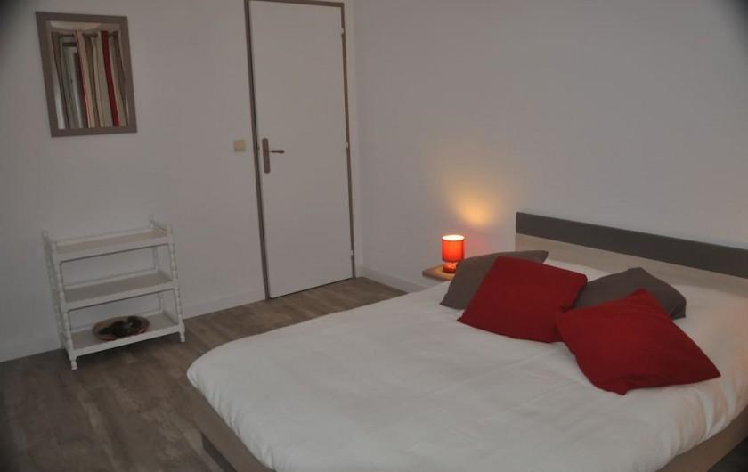 Location de vacances - Villa à Saint-Martin-de-Seignanx - chambre 3 - 1 lit double 140*190