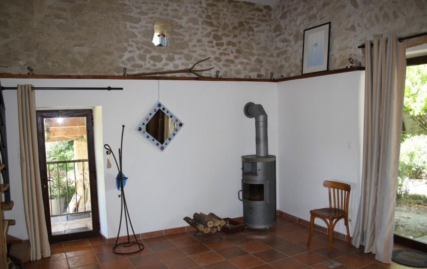 Location de vacances - Gîte à Vaunaveys-la-Rochette - Et pour les frimas du printemps : le poêle à bois