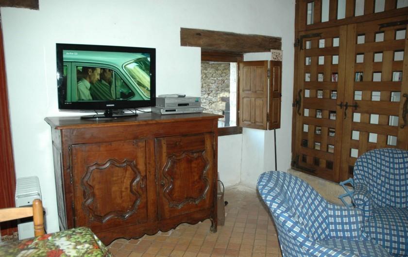 Location de vacances - Maison - Villa à Bézenac - Dans le coin salon, télévision, DVD, Magnétoscope