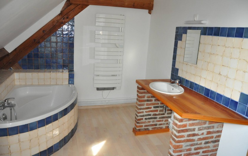 Location de vacances - Gîte à Saint-Eugène - Salle de bain du 1er étage