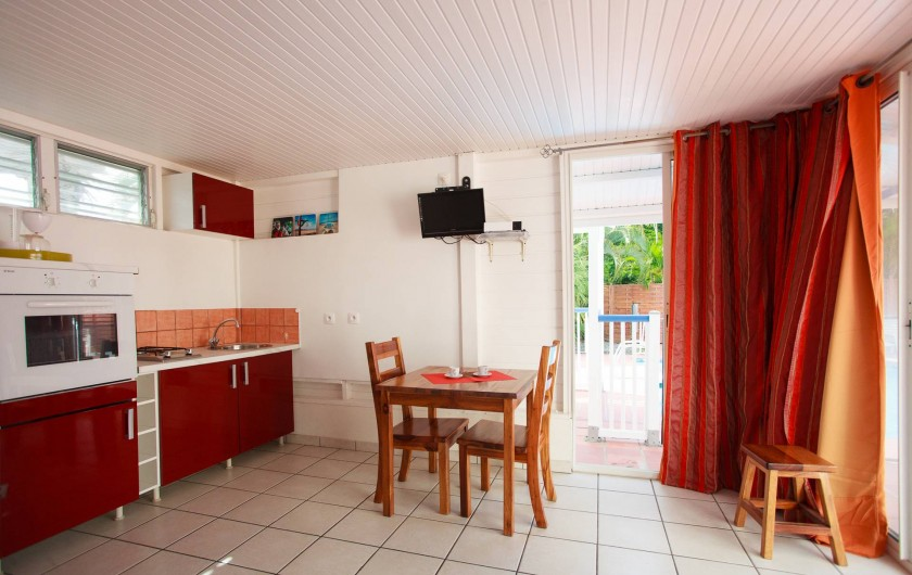 Location de vacances - Appartement à Le Diamant - cuisine/ espace à vivre -bungalow