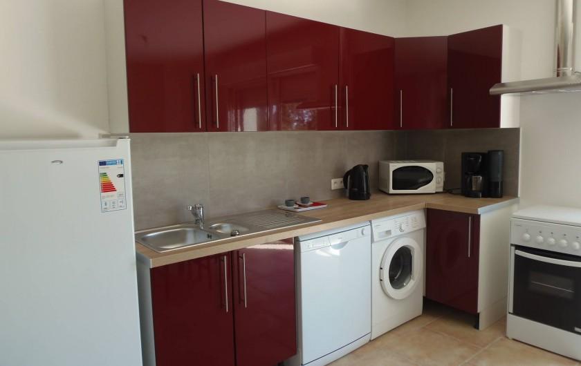 """Location de vacances - Appartement à Le Sambuc - GITE N° 10    """"LE JARDIN"""" 4 PERSONNES"""