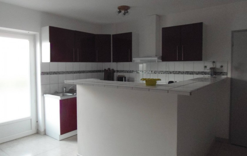 Location de vacances - Appartement à Le Sambuc - GITE  LE TAMARIS