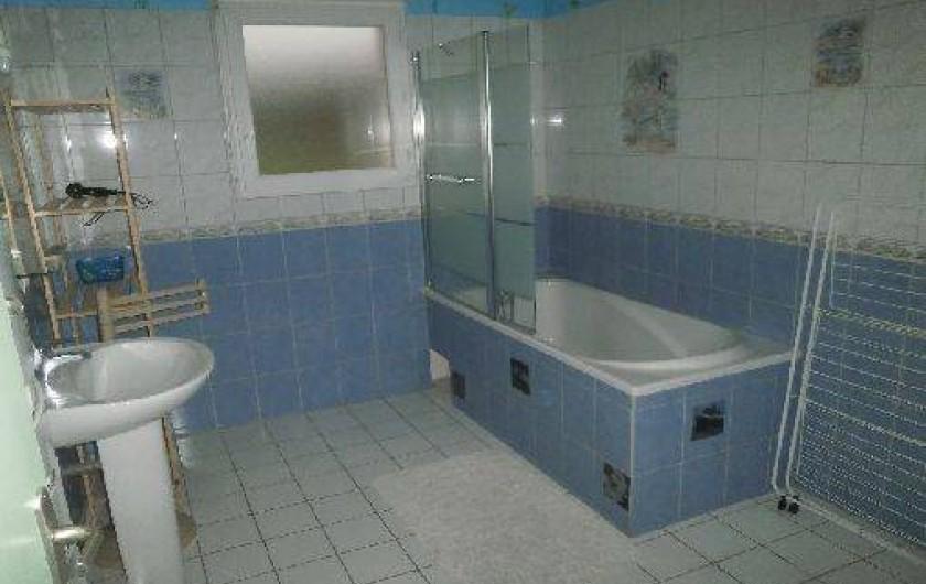 Location de vacances - Gîte à Port-le-Grand - salle de bain