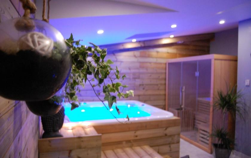 Location de vacances - Gîte à Gémozac - SPA privatif