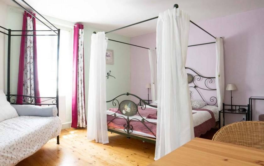 "Location de vacances - Chambre d'hôtes à Senouillac - Chambre ""Les croquants"""