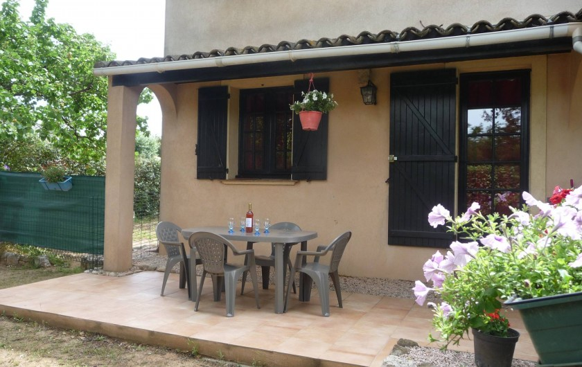 Location de vacances - Studio à Vidauban - terrasse
