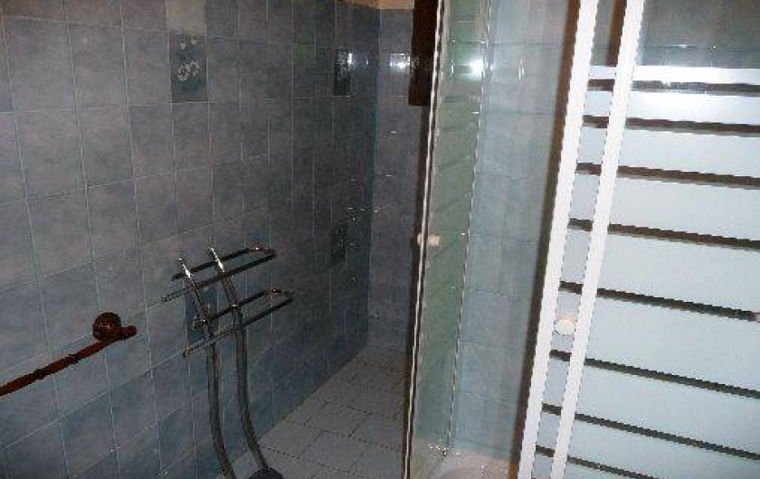 Location de vacances - Studio à Vidauban - salle de bain