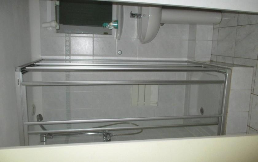 Location de vacances - Mas à Eguisheim - salle de douche