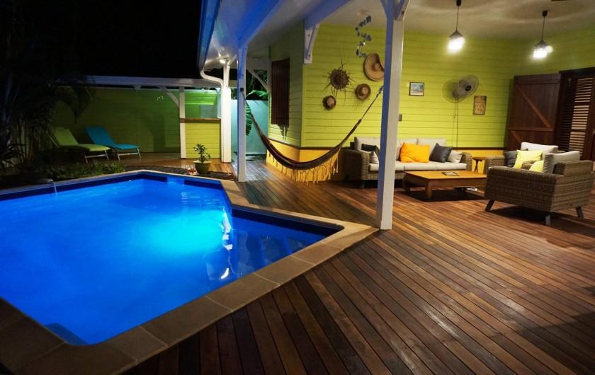 Location de vacances - Villa à Sainte-Luce - arrivée de nuit