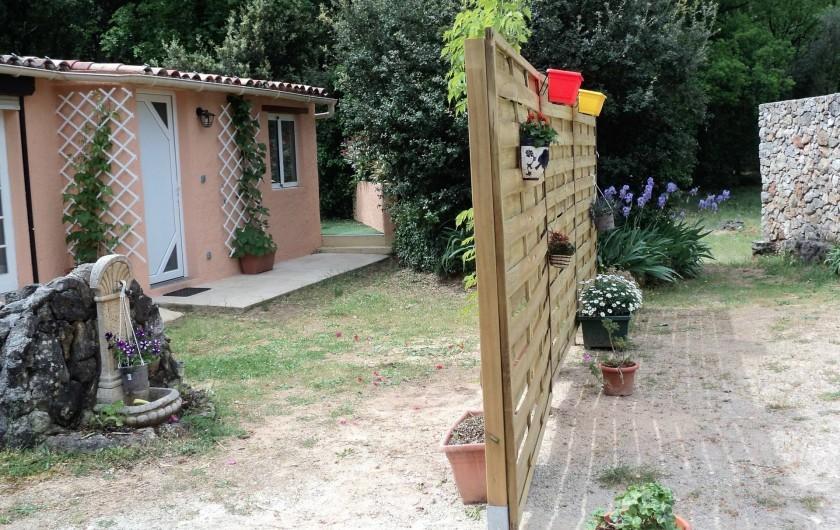 Location de vacances - Maison - Villa à Montauroux - vue extérieure