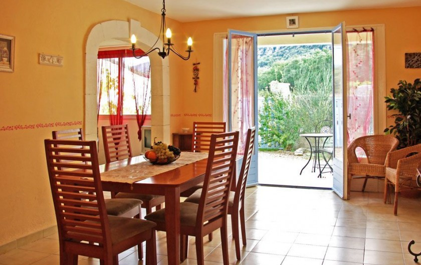 Location de vacances - Villa à Maubec - coin salon