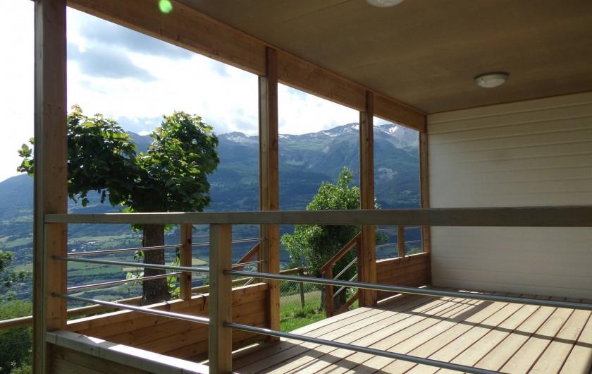 """Location de vacances - Chalet à Saint-André-d'Embrun - Chalet """" L'éterlou"""" : terrasse"""