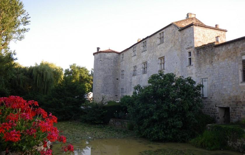 Location de vacances - Maison - Villa à Fourcès - Entrée du village