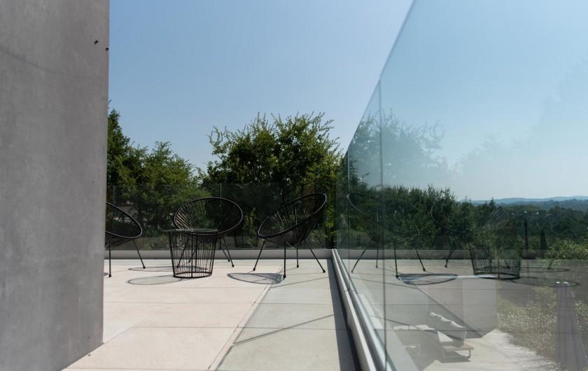 Location de vacances - Villa à Callian - Terrasse extérieure étage