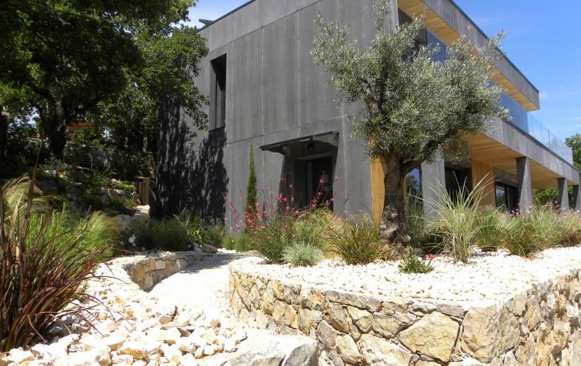 Location de vacances - Villa à Callian - Entrée maison