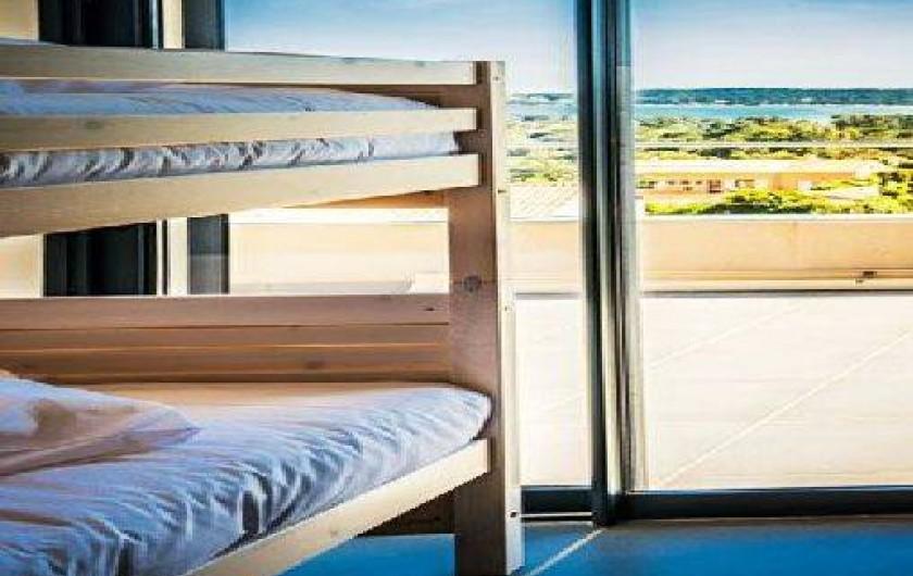 Location de vacances - Maison - Villa à Porto-Vecchio - Chambre enfants vue mer