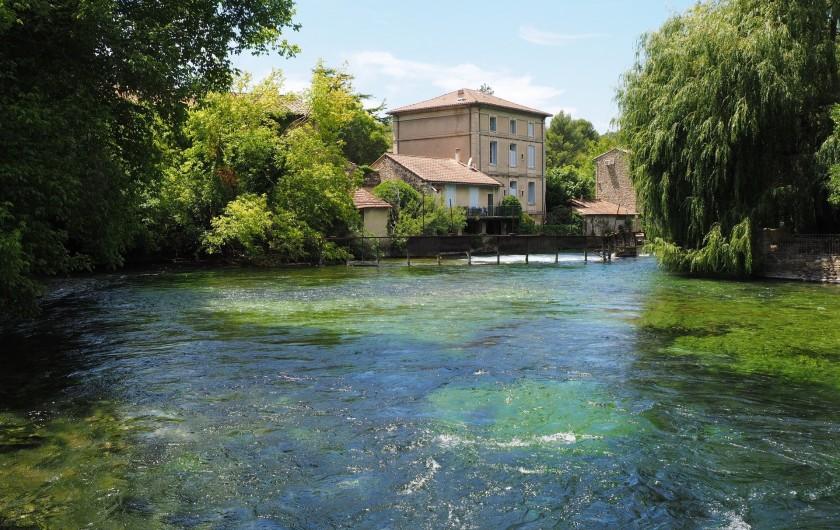 Location de vacances - Mas à Villelaure - Le village de Fontaine de Vaucluse (45mn de la ferme)