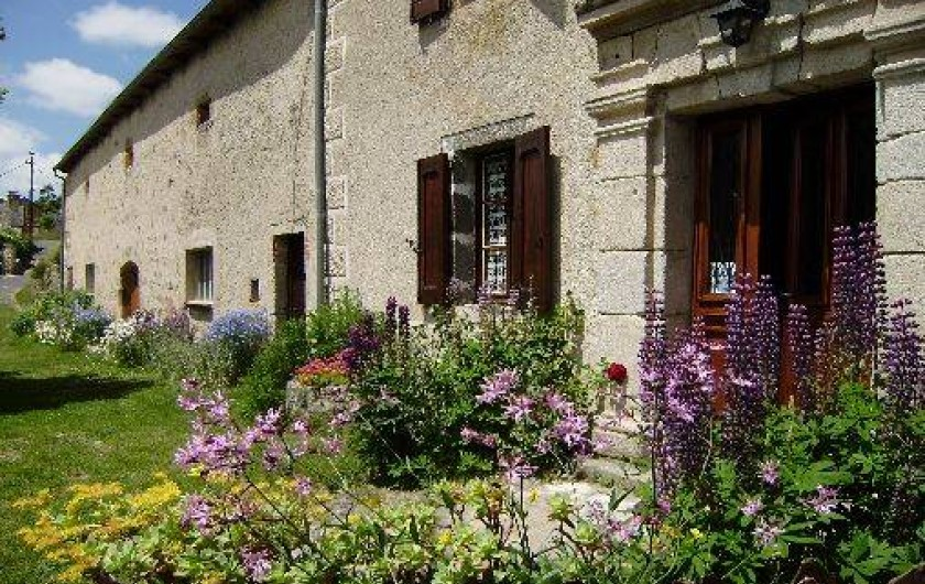 Location de vacances - Gîte à La Panouse - Entrée gîte