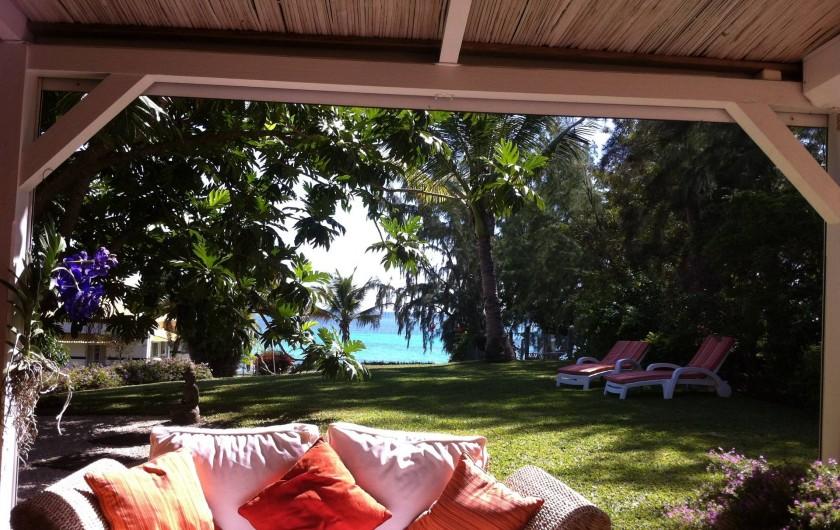 Location de vacances - Villa à Pereybere - De la varangue vue mer
